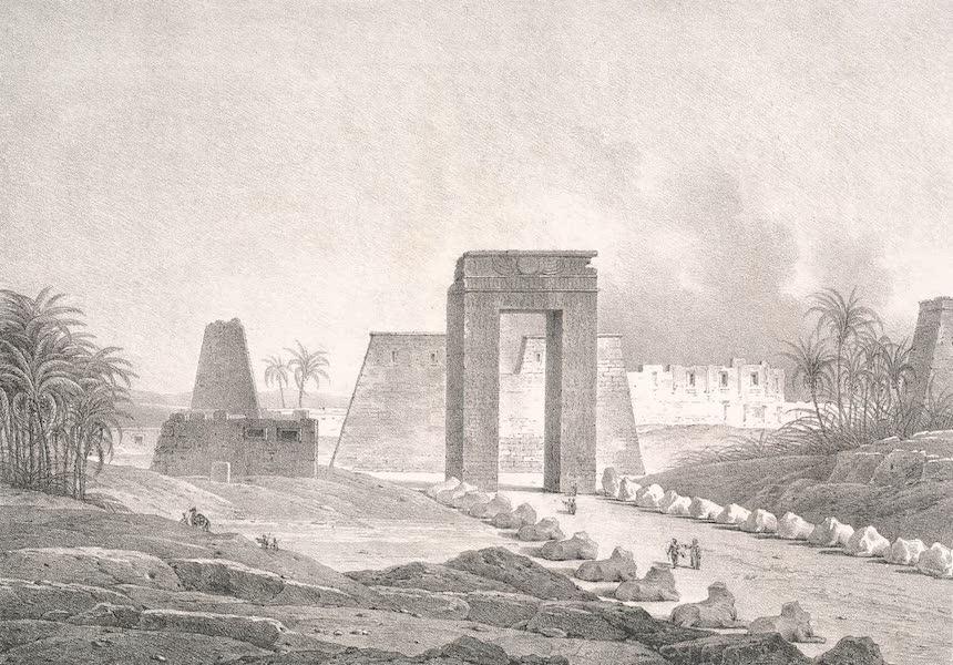 Voyage dans le Levant - Porte du grand temple de Karnak a Thebes, haute Egypte (1819)